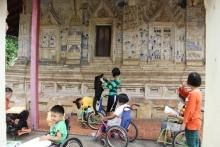ชมอนุรักษ์มรดกอีสาน โรงเรียนศรีสังวาลย์ขอนแก่น นำนักเรียนเข้าร่วมกิจกรรม อนุรักศิลปจิตรกรรมท้องถิ่น ณ วัดไชยศรี จ.ขอนแก่น